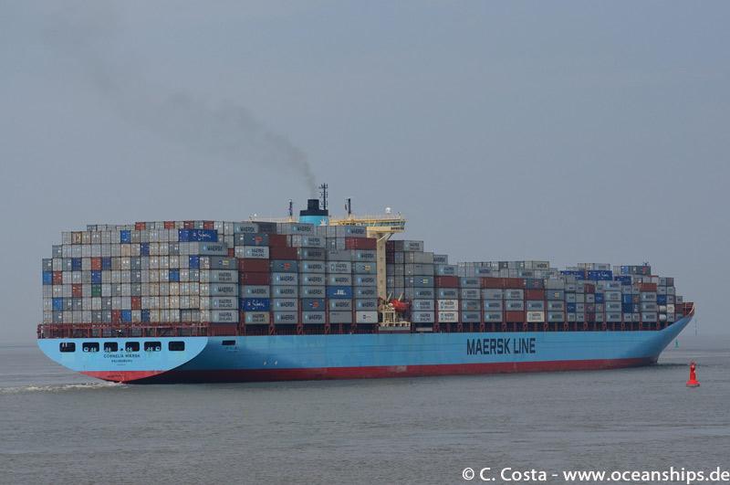Cornelia-Maersk00