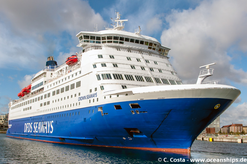 Crown Seaways12
